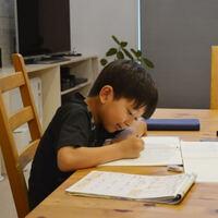 頭のよい子を育てるには、どうして「リビングで学習」が大切なの?