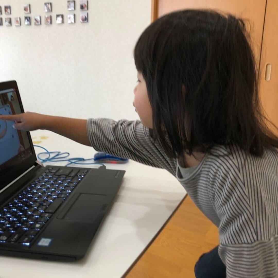 【リアル体験レポ】3歳娘が英語に夢中に!オンライン英会話は忙しい親にも幼児にもメリットいっぱい
