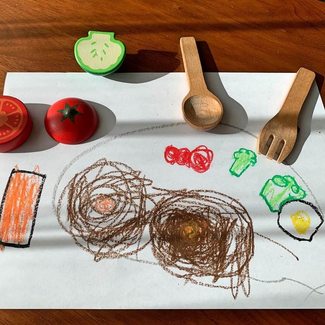 子どもの食育、一番はいっしょに食卓について「おいしいね!」