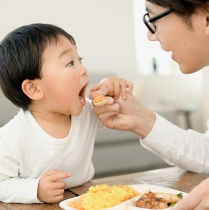 えっ、うちの子がピーマンや青菜をパクパク食べるなんて!管理士栄養士ママ直伝「野菜を食べる」3大テクニック