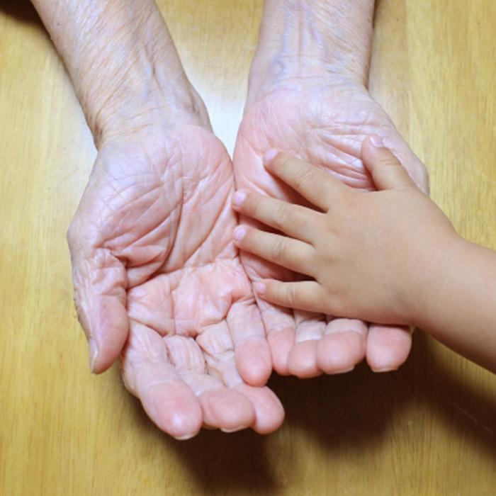 「大好きなおじいちゃん、おばあちゃんに会えなくてさびしい…」そんな子どもの気持ちを癒してくれる絵本