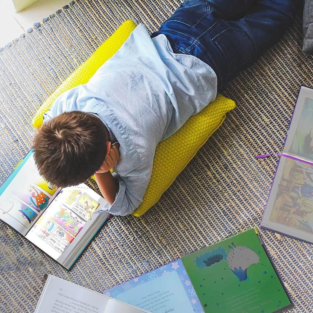 子どもがどんどん本を読みたくなるには?本好きな子を育むために大切な「親の姿勢」と「本の置き方」