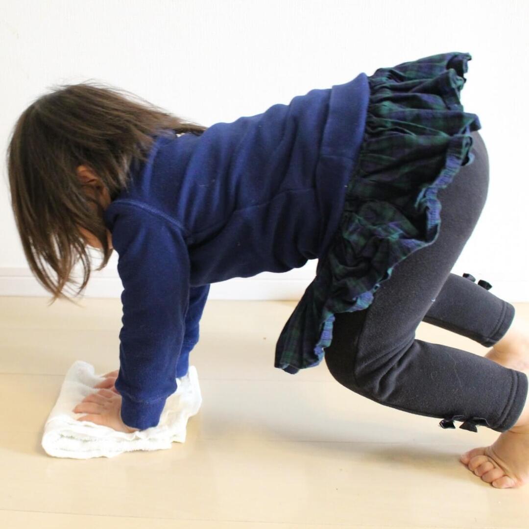 反射神経、動体視力、体幹…子どもの多様な力を養える「おうちでできる運動あそび6」