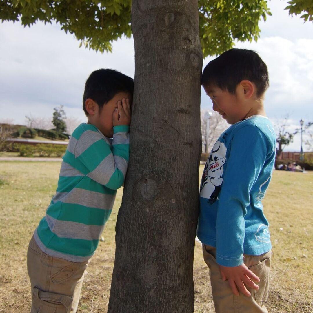 【全身を使った動き・複雑な動き】5~6歳で経験しておきたい体の動き。運動能力の発達に合わせて遊びに取り入れて